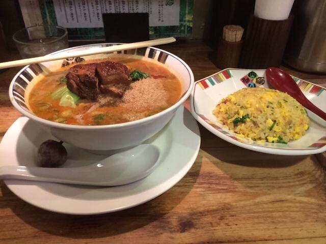 西中島南方のおすすめランチ 坦々麺